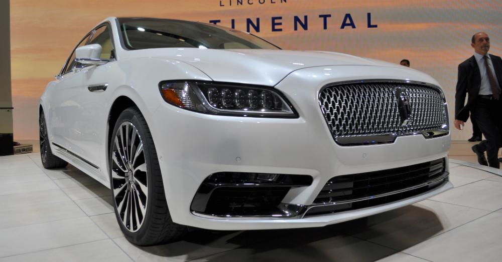 01.29.16 - 2017 Lincoln Continental